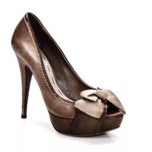 90cad27fb7d6 Miu Miu Shoes - Mui Mui 6.5 leather Shoes!  100